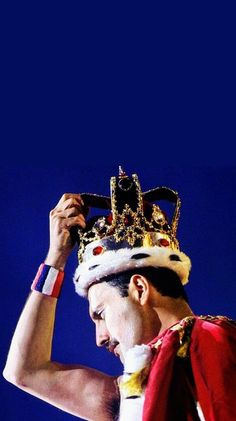 freddie mercury The Best and Worst of the 2019 Oscars Freddie Mercuri, Rock Argentino, Queens Wallpaper, Queen Aesthetic, Band Wallpapers, We Are The Champions, Queen Photos, Queen Freddie Mercury, Queen Band