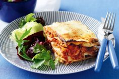 Chicken and ricotta lasagne main image Lasagne Recipes, Pasta Recipes, Chicken Lasagne, Winter Dinner Recipes, Fabulous Foods, Main Meals, Pasta Dishes, Ricotta, Italian Recipes