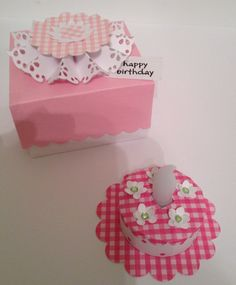Tea light cake and gift box