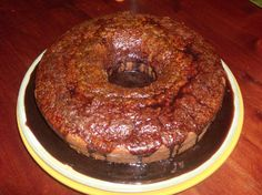 Receita de Bolo de Cenoura  - http://www.receitasja.com/receita-de-bolo-de-cenoura-2/