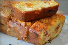 Avis perso : un cake toujours aussi bon et fondant... ;-) à servir pour l'apéro ou en plat principal accompagné d'une bonne salade ;-) Ingrédients : 170 gr de farine 4 œufs 100 ml de lait 50 ml d'huile d'olive une boule de mozzarella la moitié d'un chorizo...