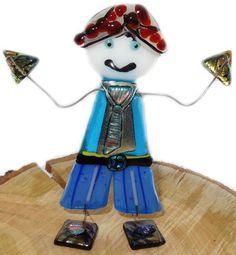 Handgemaakte jongen van luxe glas, staand glasfusing object uit eigen atelier!