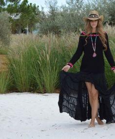 Falda Free love Ibiza negra 2
