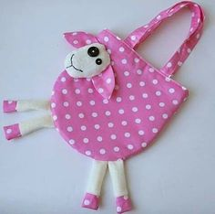 31 ideas sewing patterns for kids toys scrap Sewing Toys, Baby Sewing, Sewing Crafts, Potli Bags, Diy Bags Purses, Sewing Patterns For Kids, Baby Bibs Patterns, Fabric Bags, Girls Bags