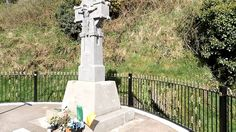 The Collins Memorial at Béal na Bláth