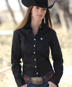 Mode Country, Hot Country Girls, Country Girls Outfits, Country Women, Sexy Cowgirl, Cowgirl Hats, Cowgirl Style, Cowboy Boots, Rodeo Shirts