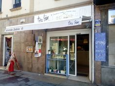 TRÈS BIEN  Avda. Basagoiti, 49 (Plaza Satistegui) 48991 ALGORTA/GETXO Tel. 946526670 contacto@tresbien.es www.tresbien.es https://www.facebook.com/tresbienalgorta?fref=ts #bar #cafe #pintxos #getxo #getxotienepremio