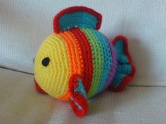 Just made this for a friend and she went nuts for it. I used the rainbow colors for my fish......awesome. :)