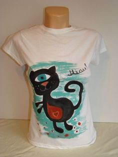 Tricou pictat- Ciclop cat (55 LEI la lycurycy18.breslo.ro) Painted Shoes, Cat, Handmade, House, Ideas, Hand Made, Home, Cat Breeds, Thoughts
