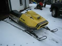 moto ski sonic 1976 -After Skidoo bought Motoski, they produced two different versions of the same sled. The Skidoo was a RV and the Motoski was the Sonic, both incredibly quick sleds !