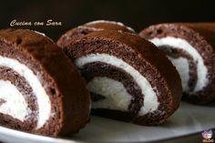 Rotolo al cacao e crema al latte.Io adoro i rotoli dolci farciti; sono semplici e veloci da realizzare ma molto sfiziosi! Sono adatti a grandi e piccini