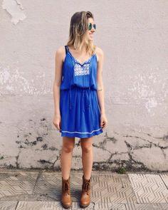Vestido azul todo levinho, fresco