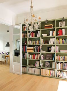 Ikea billy bookshelves as built-ins.