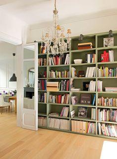 Ikea billy bookshelves as built-ins.