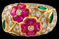 VAN CLEEF & ARPELS Diamond, Emerald & Pink Sapphire Flower Ring