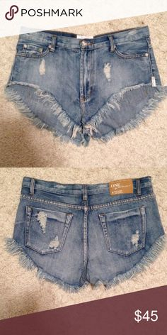 One teaspoon rollers Barely used. New condition. In my opinion.. Fit like a 27/28. Thanks One Teaspoon Shorts Jean Shorts