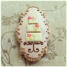 Tiered Cake Cookie on Cake Stand (plaque) // D. Sweet - Handmade Creative Cookies