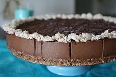 Sweetly Raw: Raw Chocolate Decadence Cheesecake