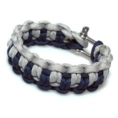 Duality pattern made with navy and silver 550 paracord.