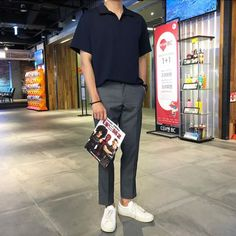 Ankle Pants Outfit, Uniqlo Style, Asian Men Fashion, Stylish Mens Outfits, Facon, Looks Cool, Mens Clothing Styles, Men Casual, Formal