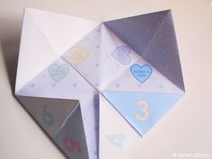 Printable Valentine Fortune Teller from Pilgrim of Draw! Pilgrim - shared on Skip to My Lou