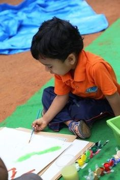 Picasso in the making - TBS Child in action during Colorothon Event #preschool #daycare #kindergarten #playschool #Bangalore #India #Whitefield #nursery #colorothon