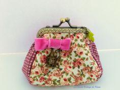 Monedero tela -rosas- de La Tienda Vintage de Kima por DaWanda.com