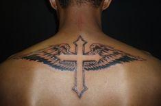 Tatuajes de cruces para hombres - https://www.tatuantes.com/tatuajes-de-cruces-para-hombres/ #tattoo