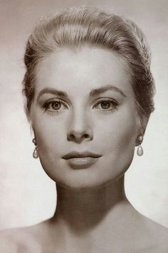 Grace Kelly, beautiful and classy