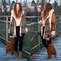 Bershka Coat, Romwe Backpack, Sweater, The Wild Flower Shop Scarf, Zara Boots, H&M Pants