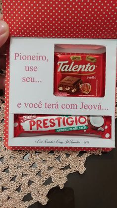 Lembrancinha de pioneiros regulares Jw , achei super legal essa ideia Jw Pioneer, Pioneer Gifts, Jw Gifts, Jehovah, 50th Anniversary, Life Is Good, Lily, Scrapbook, Good Things