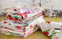 Paula Collects: Vintage Table Linens