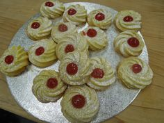 www.sofiebakes.co.uk  Sablé á la Poche Piped Shortbread Biscuits