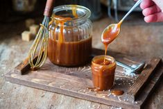 Whether you call it instant pot caramel, instant pot caramel from condensed milk or dulce de leche, it is a wonderful quick one ingredient… Caramel From Condensed Milk, Condensed Milk Recipes, Salted Caramel Bars, Caramel Recipes, Salted Caramels, Instant Pot Pressure Cooker, Pressure Cooker Recipes, How To Make Caramel, Making Caramel