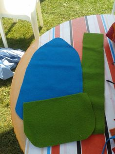 Under Outdoor Chairs, Outdoor Furniture, Outdoor Decor, Needle Book, Sewing Crafts, Throw Pillows, Projects, Bags, Log Projects