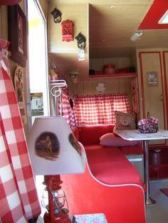 vintage camper - Red borders on doors!