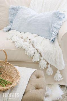 DIY Ruffle Pillowcas