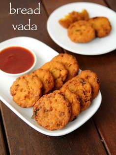 bread vada recipe, instant bread carrot vada, crispy instant vada with step by step photo/video. easy and crispy snack recipe made from left over bread slices can be life saver with your surprise…More Pakora Recipes, Cutlets Recipes, Chaat Recipe, Veg Recipes, Spicy Recipes, Kitchen Recipes, Cooking Recipes, Recipes Of Snacks, Paneer Recipes