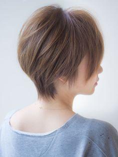 【2018年春夏】くびれハイライト エアリーグレージュ30代40代ひし形シルエット/AFLOAT JAPAN 【アフロート ジャパン】のヘアスタイル|BIGLOBEヘアスタイル Celebrity Short Hair, Asian Short Hair, Short Hair Cuts, Short Hair Styles, Cute Hairstyles For Short Hair, Hairstyles Haircuts, Kpop Hair, Graduation Hairstyles, Gorgeous Hair