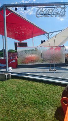 Mur d'eau sur mesure pour événementiel Coca -Cola