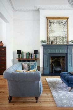 Great Idea 100+ Eclectic and Quirky Living Room Decor https://decorspace.net/100-eclectic-and-quirky-living-room-decor/
