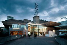 Hayward Gallery  Things To Do in London – Eat Out, Walk Around, Have Fun & Enjoy Life  #London #things_to_do_in_London #London_attractions