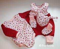 Erstlings-Set für eine Mitte Juli erwartete kleine Dame - Strampelienchen, Regenbogenbody, Tippy Toes und die Knotenmütze Minimop