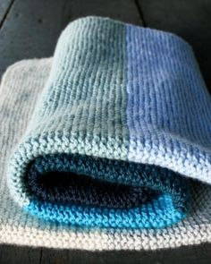 Super Easy Crib Blanket in Worsted Twist | The Purl Bee