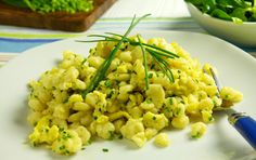 Eiernockerl mit Vogerlsalat Risotto, Ethnic Recipes, Food, Eggs, Food Food, Essen, Meals, Yemek, Eten