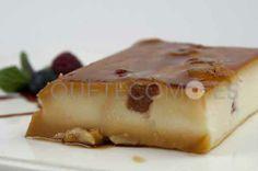 Disfrutando del sabor de la Tarta de queso y membrillo del restaurante El Pasaje en Santiago de Compostela, A Coruña.