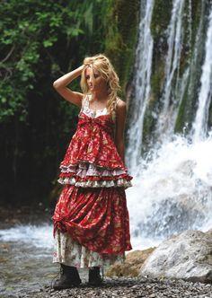 Skirt calendula nadir positano in boho-chic clothing Bohemian Mode, Bohemian Style, Boho Chic, Magnolia Pearl, Boho Beautiful, Beautiful Outfits, B Fashion, Fashion Design, Fashion Ideas