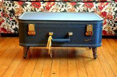 tavolino da caffè con valigia shabby chic