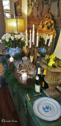 French Country Christmas, French Bed, Beautiful Table Settings, How To Memorize Things, Entertaining, Table Decorations, Dining, Inspiration, Home Decor