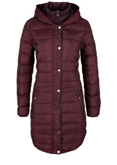 Kabát značky s.Oliver. Prohlédněte si nyní on-line nejaktuálnější módu pro dámy, pány a děti a objednávejte s dopravou zdarma.